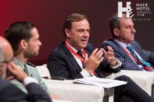 HackHotel 2017. Mesa coloquio 'El cibercrimen y el sector turístico'