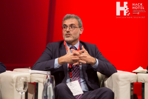HackHotel 2017. Mesa coloquio '¿Podemos estar seguros? Los métodos de pago'