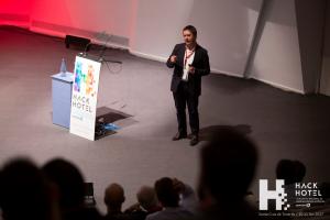 HackHotel 2017. Ponencia 'Cloud intelligence & transformation'